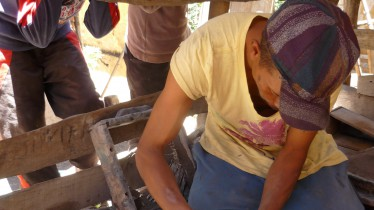 Antsirabe - fabricant de marmites